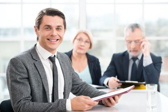 招聘本质就是招到合适的人,其他只是形式